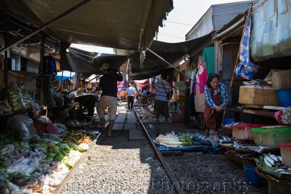 Railroad market web2
