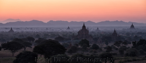 Bagan dawn web2
